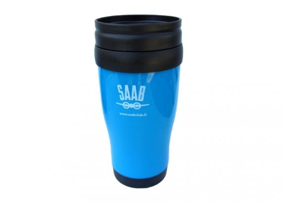 Sininen termosmuki vanhalla Saab-logolla